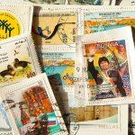 Plus de 500 kilos de courriers retrouvés chez un facteur ! (B1)